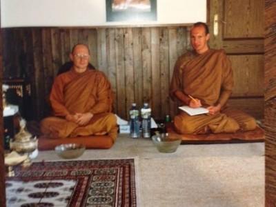 John & Ajahn Tira 1992-480-640 (2)